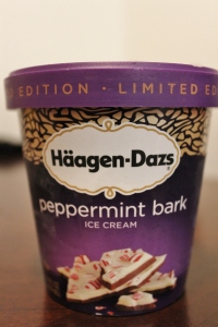 Haggen-Daz Peppermint Bark Ice Cream Review